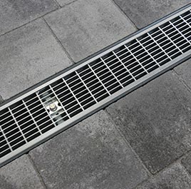 Entwässerungsrinnen und Zubehör von blizz-z